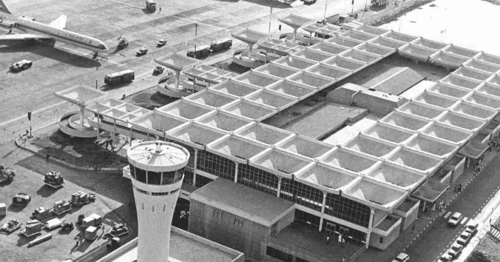 Dubai Airport In 1960
